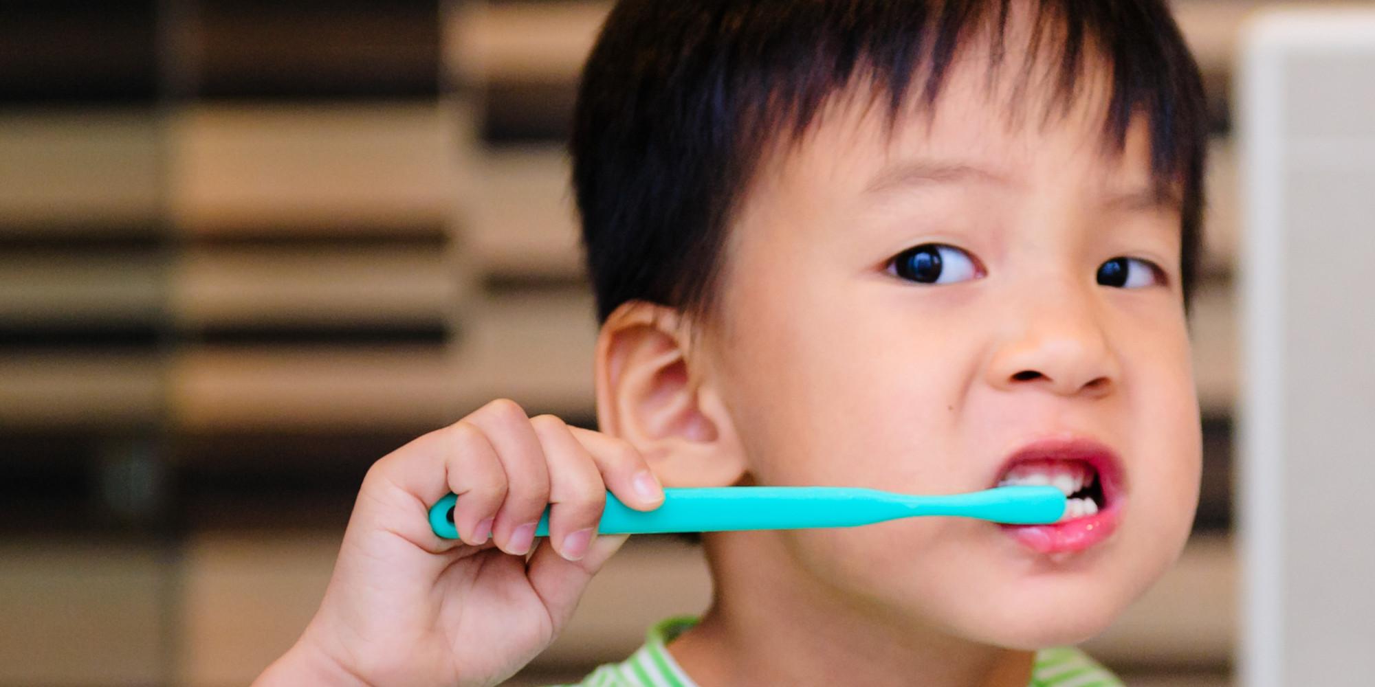 Thời điểm nào thì cho bé tập đánh răng
